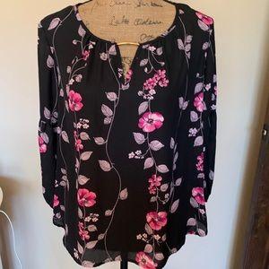 Pretty petite blouse-NWT!